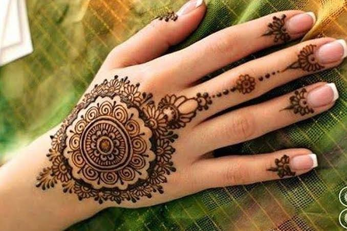 New Year Mehndi designs 2019 arabic