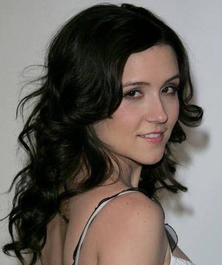 Shannon Woodward biography