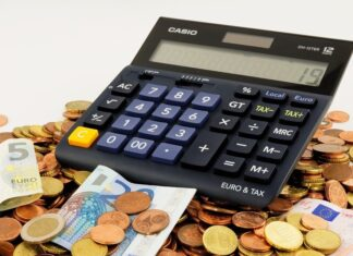 ways to save money on a tight budget 2021